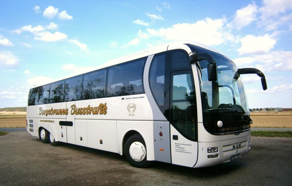 Hyr stor buss i Uppsala